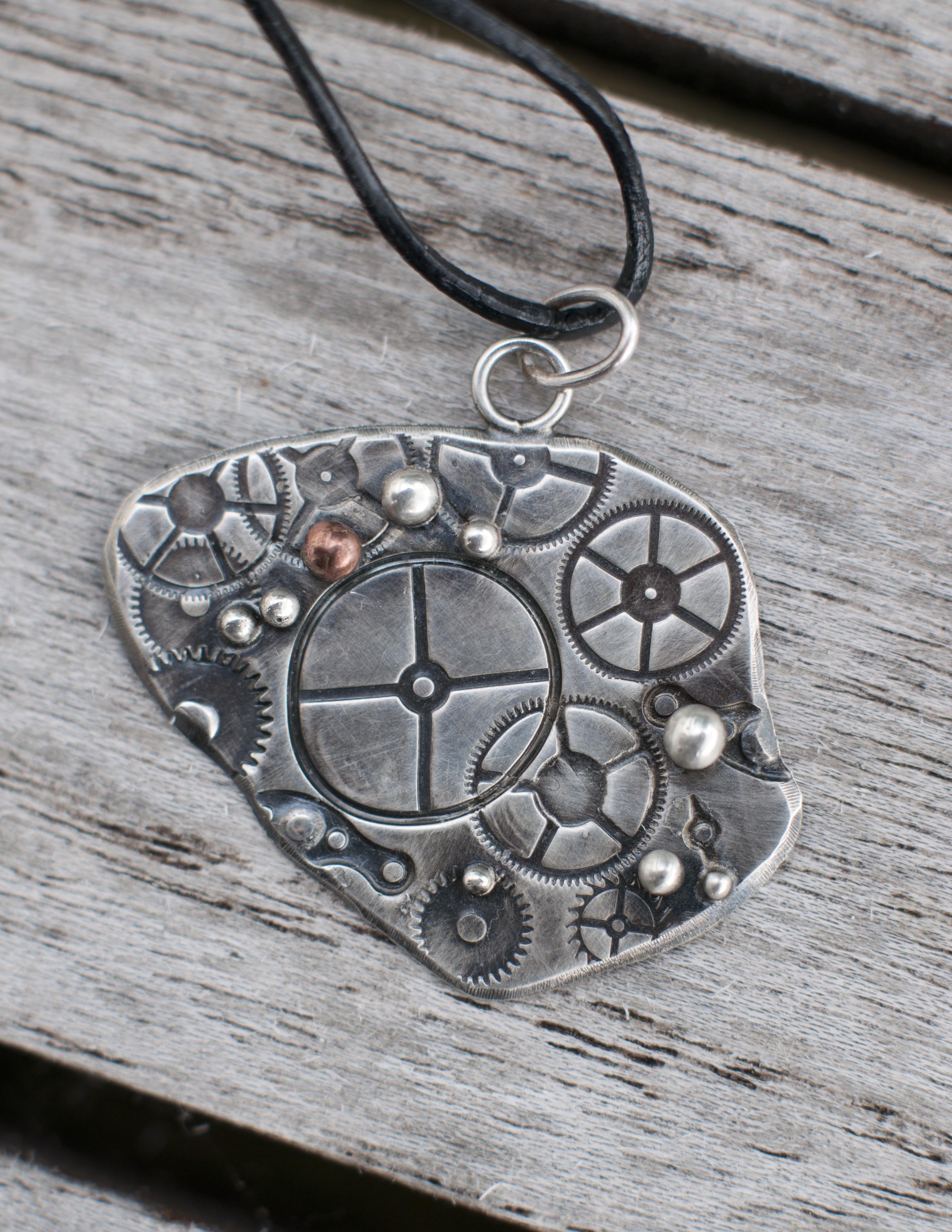 Steampunk pendants miriel design steampunk tannhjul1 mozeypictures Gallery