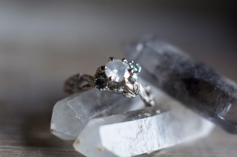 white diamond and small montanas_24